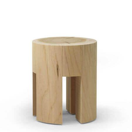 صندلی چوبی با استفاده از برش کنده های درخت برای دکوراسیون داخلی منزل با صندلی چوبی