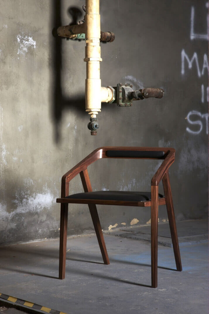 صندلی چوبی جدید برای دیزاین منزل